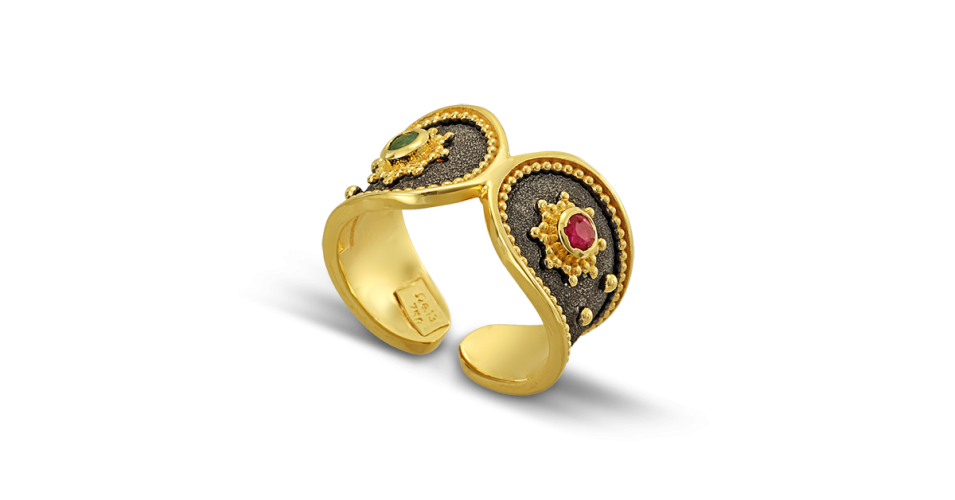 Byzantine Ring with Ruby and Emerald