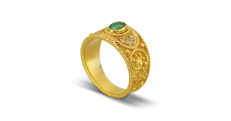 Byzantine Ring with Emerald and Diamonds
